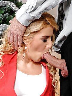 Mature in High Heels Porn Pics